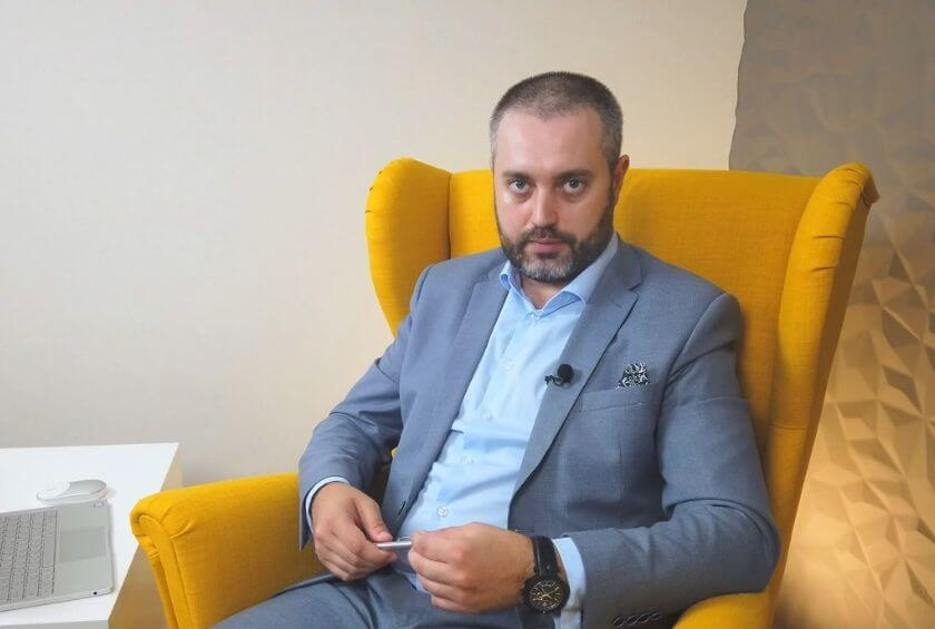 Адвокат Ихсанов