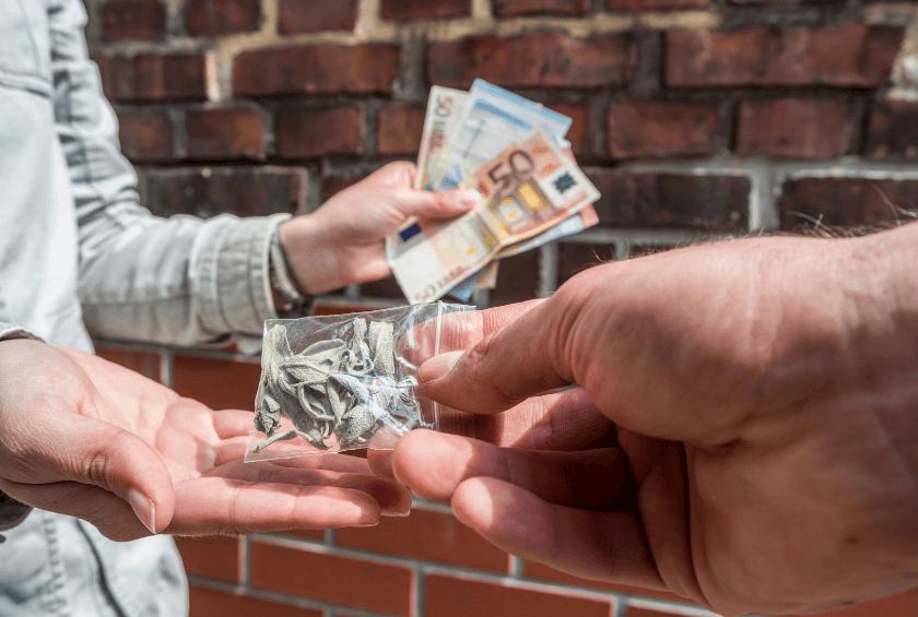сбыт наркотиков приговор суда